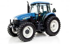 New Holland TL 95E 4WD Wheel Tractor. ROPS and CAB and AC