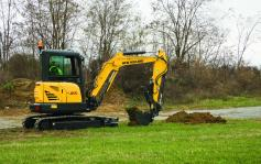 New Holland Compact Excavator E37C